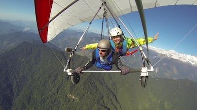 Tandem Flight In a Hang Glider