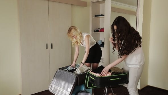 Cover Image for Girl Girlfriend Collect Suitcases For Vacation
