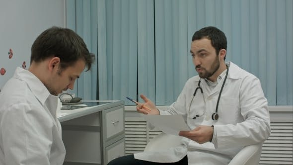 Thumbnail for Mentor Doctor Isn't Happy With Results Of Medical Practice Of Intern