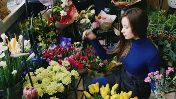 Thumbnail for Attractive Woman Florist Make a Bouquet