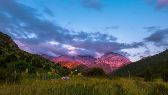 Cover Image for Sunset In The Mountains Sairamsu, Kazakhstan