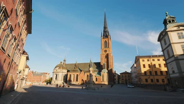 Cover Image for Pan Video of the Famous Church with an Metal Spire in Stockholm - Riddarholmen Church