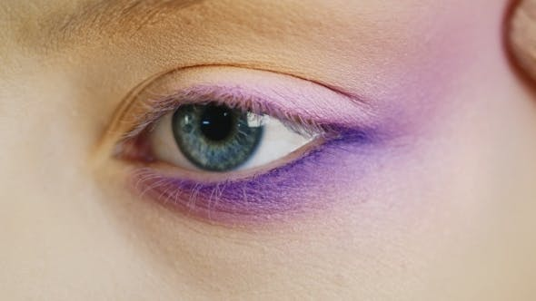 Cover Image for Impose Makeup On Eyes