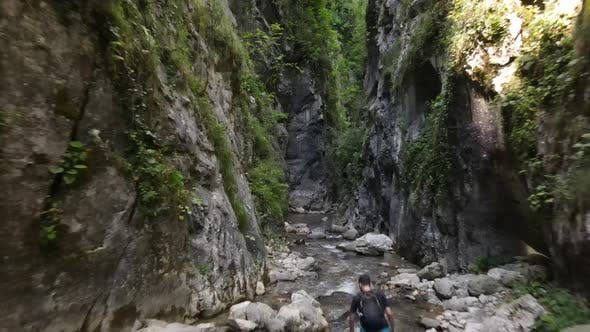 Thumbnail for Hiking Sports Canyon