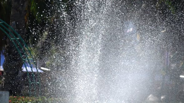 Water Splashing Fountain