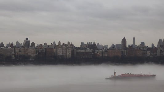 Thumbnail for Fog at NYC in the Hudson Full HD