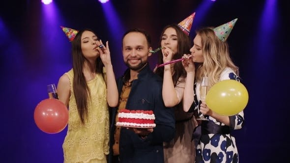 Cover Image for Birthday With a Cake And Having Fun With Friends At a Nightclub