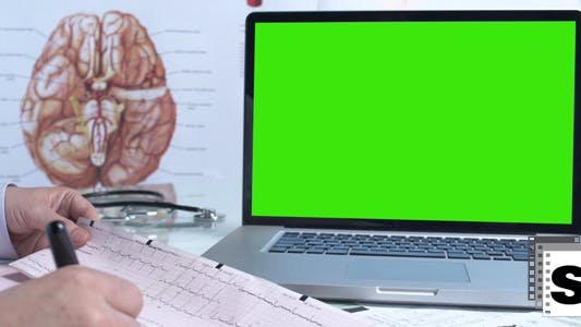 Cover Image for Doctor  Green Screen Laptop