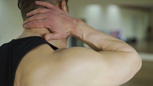 Schmerzen im Nacken