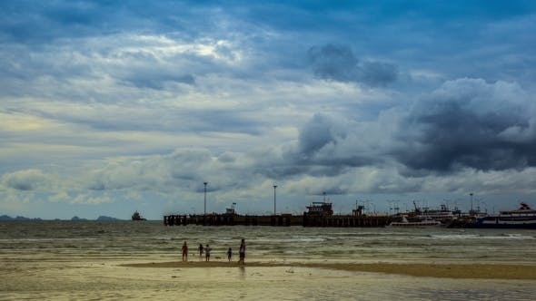 Cover Image for Moving Clouds Over a Sea Port, Koh Samui, Thailand