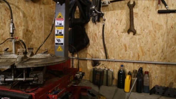 Thumbnail for Tire Fitting Station Equipment