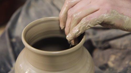 Hand Crafts: Potter Makes a Pot