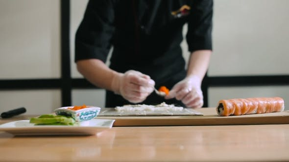 Thumbnail for Sushi Master Cooking Sushi Roll
