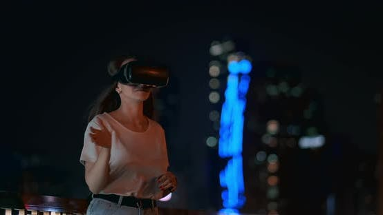 Cover Image for Simulation of Virtual Reality in Glasses in a Modern City in the Evening