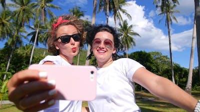 Happy Lifestyle Selfie Outdoors