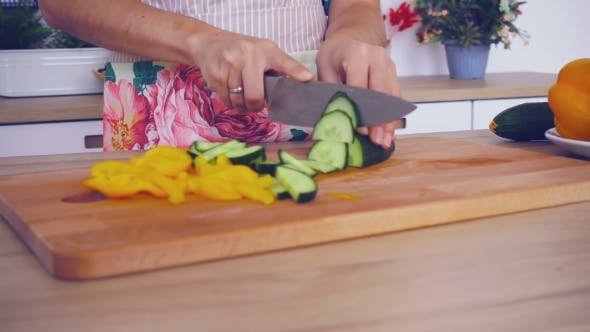 Thumbnail for Cut The Vegetables With Knife