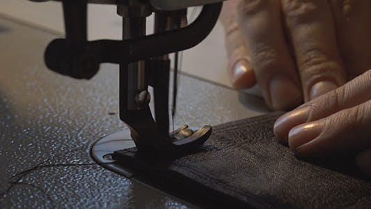 Tailor Sewing Stitch With Sewing Machine