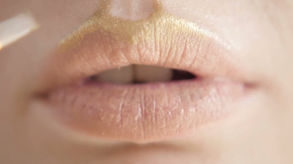 Thumbnail for Professional Make-up. Lipgloss. Lipstick. Sexy Lips Extremely