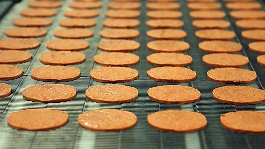 Cover Image for Burgers on Conveyor