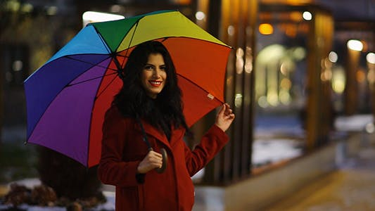 Cover Image for Young Girl Wit an Umbrella