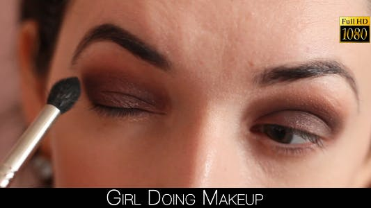 Cover Image for Girl Doing Makeup
