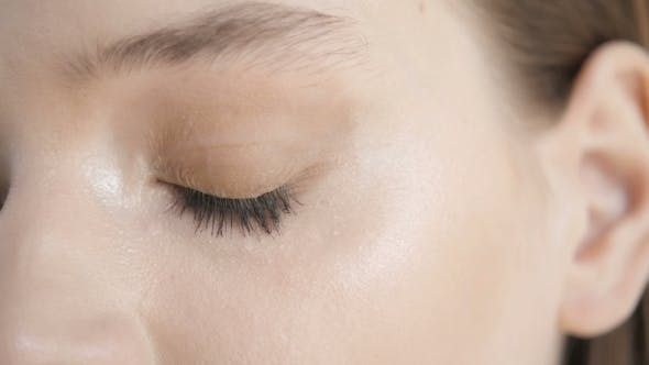 Makeup Eyebrow,Long Eyelashes, Brush.