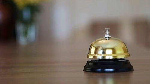 Hotelrezeption Glocke