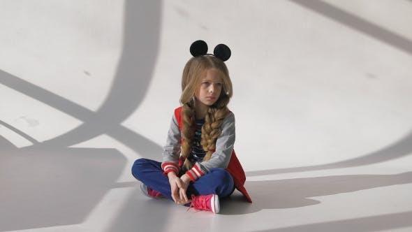 Thumbnail for Little Girl Posing In The Studio
