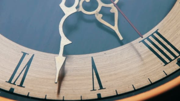 Thumbnail for Vintage Analog Antique Clock With Arrows