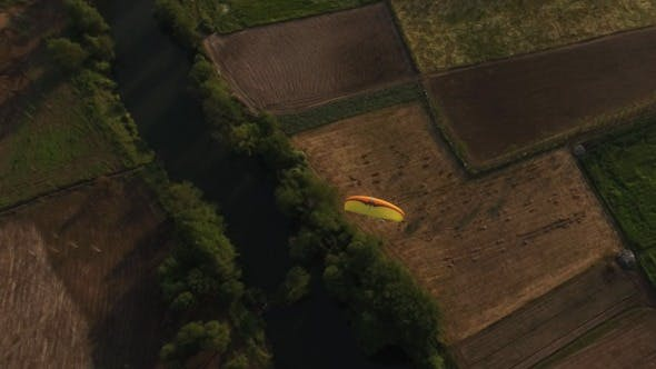 Thumbnail for Paragliding 4K