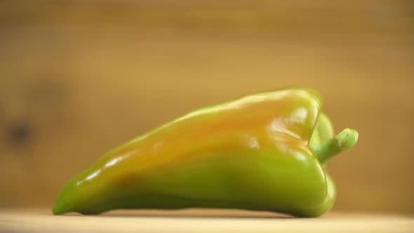 Cover Image for One Green Pepper on the Table