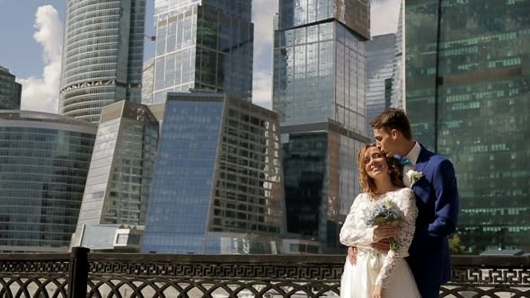 Thumbnail for Wedding Couple Kissing In The City, Urban Background