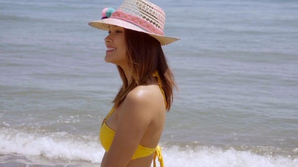 Thumbnail for Pretty Young Woman In a Trendy Sunhat