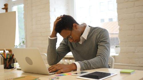 Task Failure, Reaction by Unsuccessful Creative Black Man