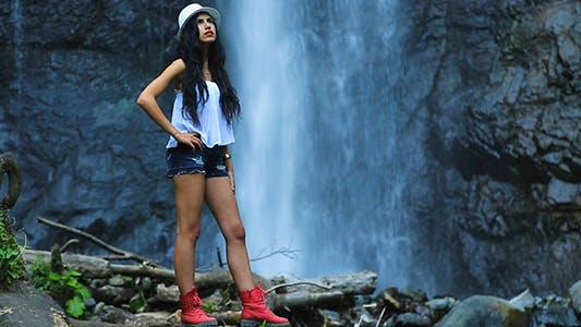 Thumbnail for Model Waterfall