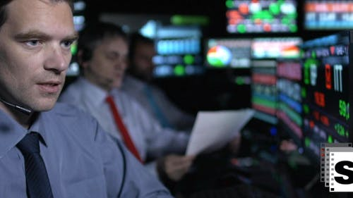 Traders Working Online