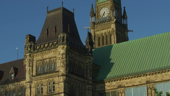 Thumbnail for Tilt up view of the Centre Block, in Ottawa