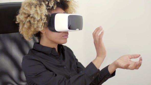 Thumbnail for Woman Using 3D Virtual Reality Headset
