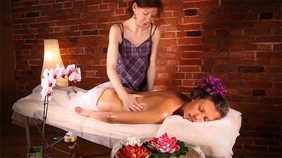 Massage in The Health Spa