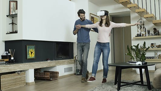 First Steps In Virtual Reality