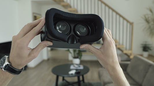 Cover Image for Putting On Virtual Reality Headset