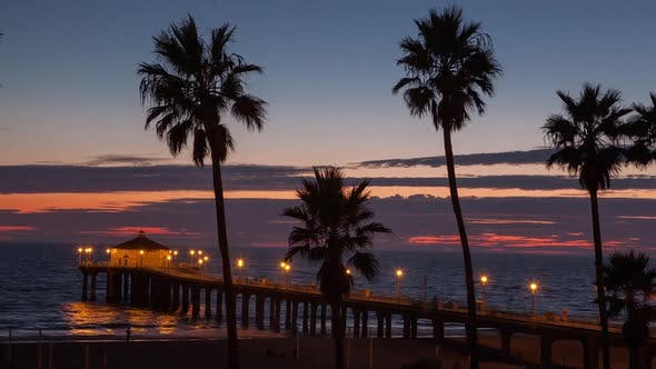Thumbnail for Zeitraffer am Manhattan Beach in Kalifornien.