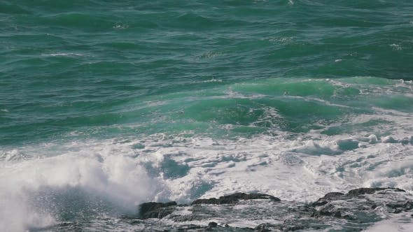 Thumbnail for Ocean Waves Breaking On Rock