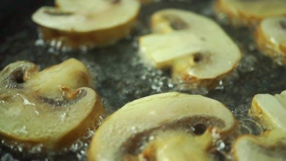 Thumbnail for Frying Field Mushrooms