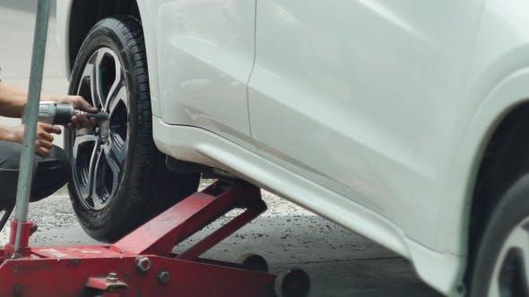 Thumbnail for Auto-Rad-Reparatur