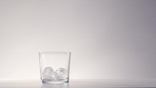 Sommer-Erfrischung Kalte Getränke Cocktail-Konzept
