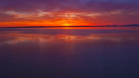 Cover Image for Saline Under Sunset