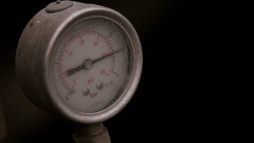 Pressure Gauge With Compressor Working.