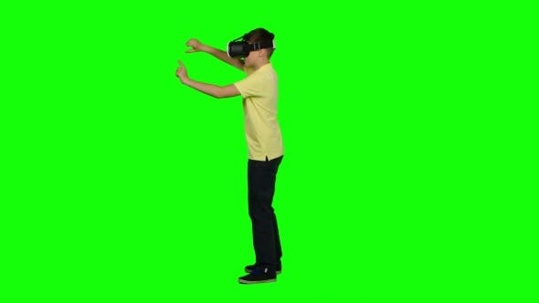 Thumbnail for Child Using Virtual Reality Headset