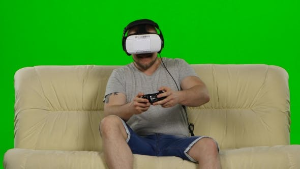 Thumbnail for Man In Virtual Reality Glasses. Green Screen